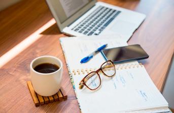 Desk of an online student